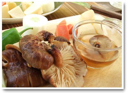 出汁やそば汁に最適!武州屋の干し椎茸・しんかん